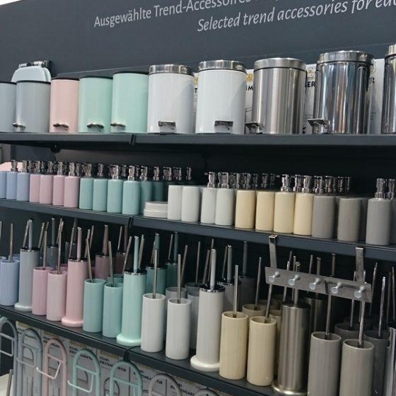 Accessoires in Pastell-Toenen