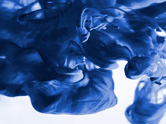Classic Blue - Trendfabe für 2020 Classic Blue - Farbe des Jahres 2020
